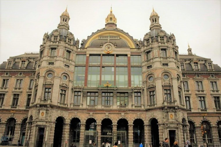 Antwerp in one day - Central Station